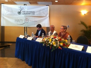 Professor Muhammad Yunus (center), Anne Hastings (to his left) and me (to his rigth) at an October seminar on social business in Haiti.